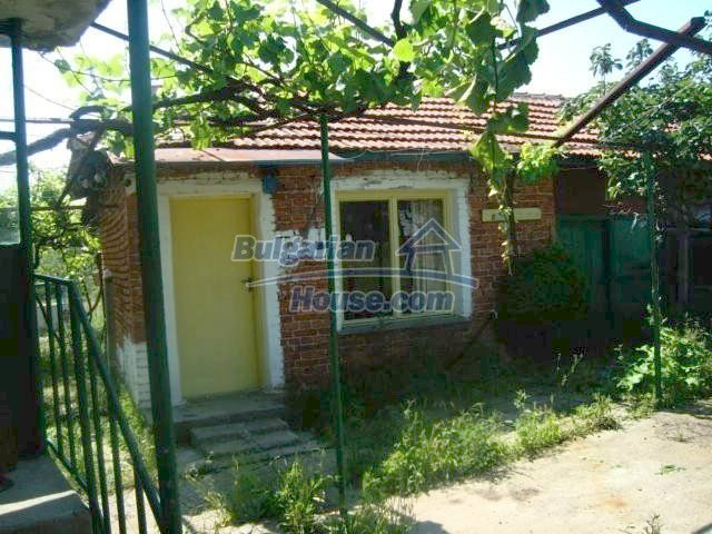 11412:7 - Cheap well presented house near Sredets and the Black Sea