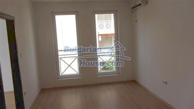 11415:11 - Lovely completed seaside apartment - advantageous price