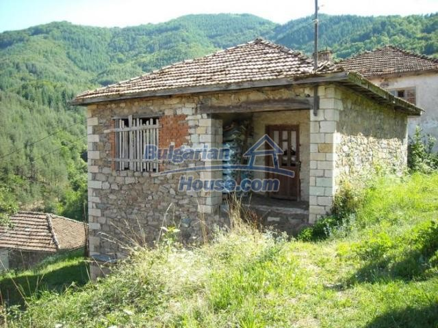 11420:2 - Sunny house with astounding views near Kardzhali