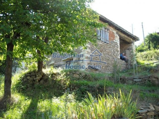 11420:5 - Sunny house with astounding views near Kardzhali