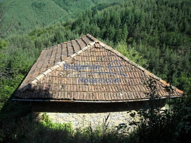 11420:6 - Sunny house with astounding views near Kardzhali