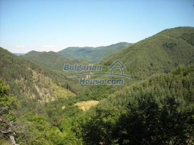 11420:14 - Sunny house with astounding views near Kardzhali