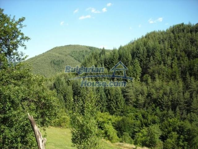 11420:18 - Sunny house with astounding views near Kardzhali