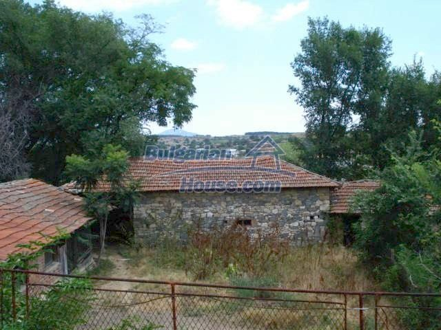 11425:6 - Very cheap house with splendid surroundings near Svilengrad