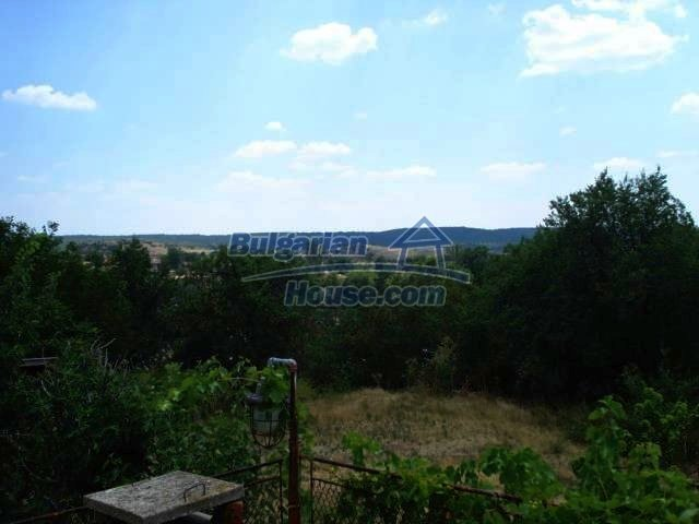 11425:9 - Very cheap house with splendid surroundings near Svilengrad