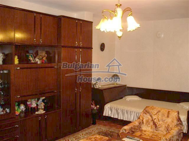11426:1 - Cozy furnished apartment close to the town center - Elhovo