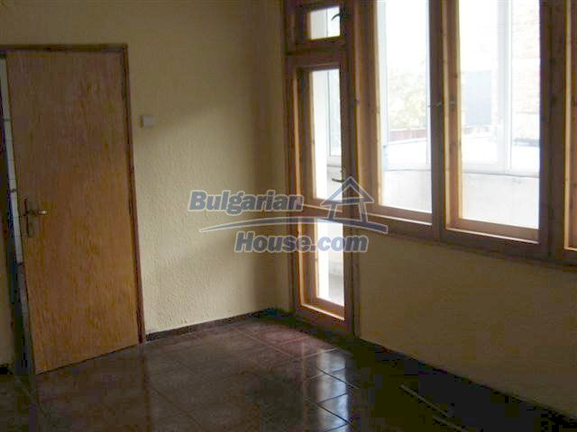 11427:2 - Large completed four-bedroom apartment in Nessebar