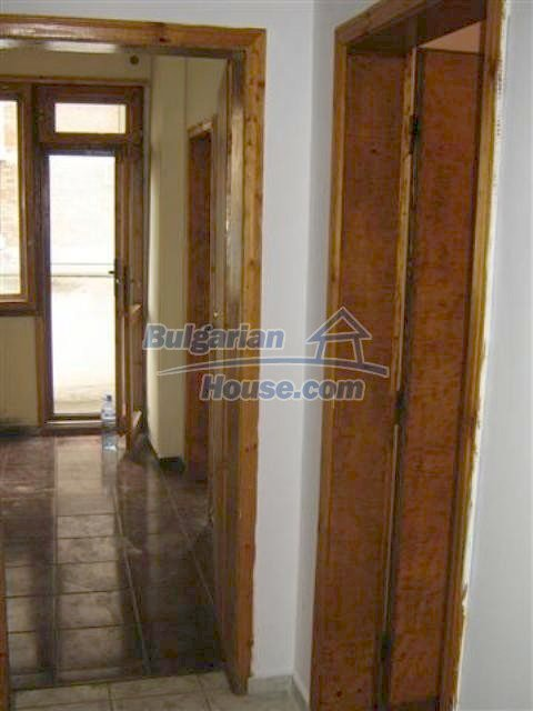 11427:11 - Large completed four-bedroom apartment in Nessebar