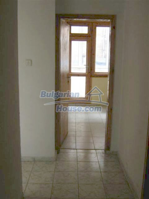 11427:10 - Large completed four-bedroom apartment in Nessebar