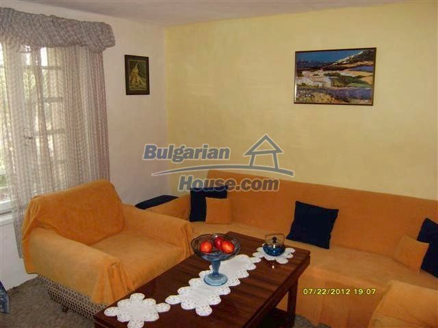 11434:4 - Cheap brick house in an adorable area near Elhovo