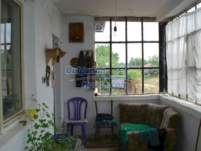 11435:2 - Well presented house in a tranquil Bulgarian countryside