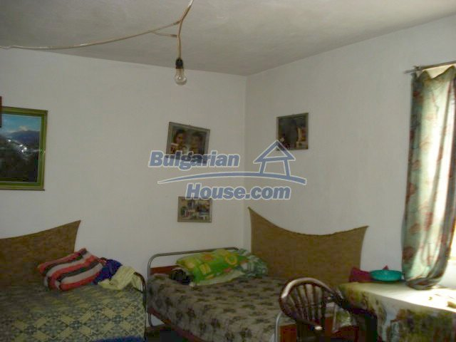 11435:4 - Well presented house in a tranquil Bulgarian countryside