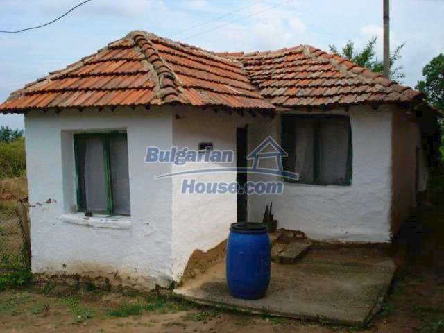 11435:11 - Well presented house in a tranquil Bulgarian countryside