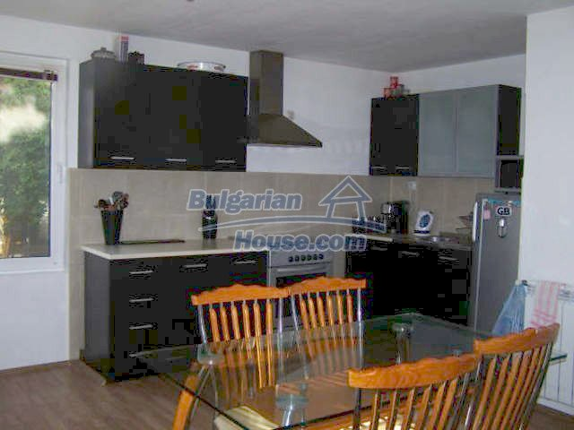 11439:11 - Spacious and sunny house with a wonderful garden - Elhovo