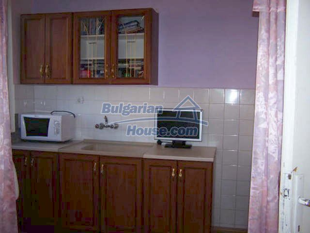 11439:3 - Spacious and sunny house with a wonderful garden - Elhovo