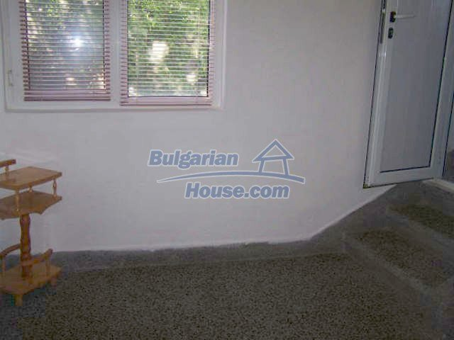 11439:18 - Spacious and sunny house with a wonderful garden - Elhovo