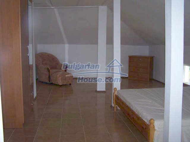11439:20 - Spacious and sunny house with a wonderful garden - Elhovo