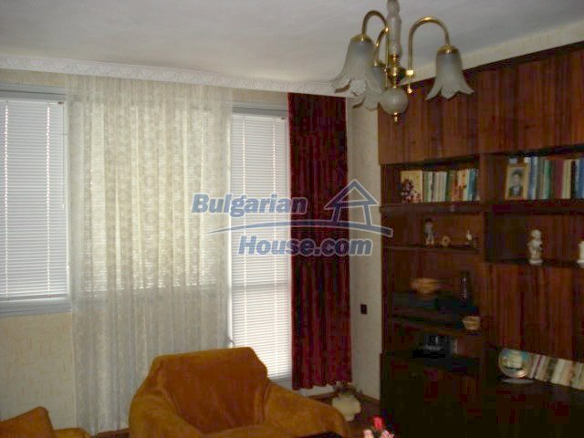 11440:1 - Cheap comfortable apartment in Elhovogreat investment