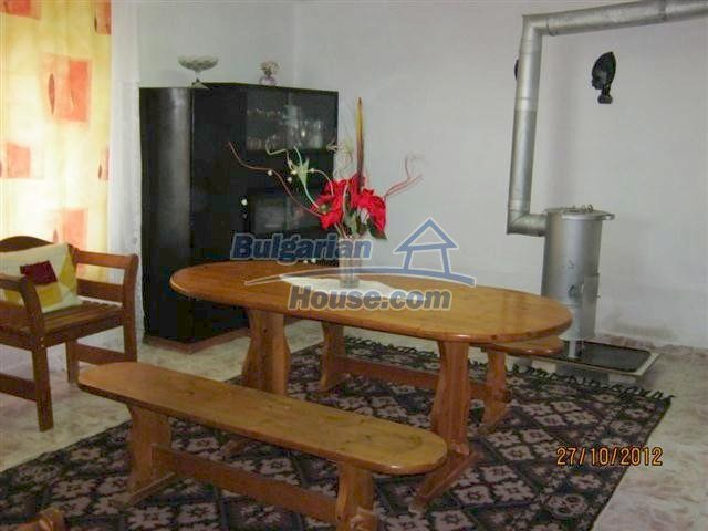 11443:2 - Pretty coastal house near Kameno in very good condition