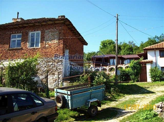 11454:1 - Cheap house with a mountain panorama near Malko Turnovo