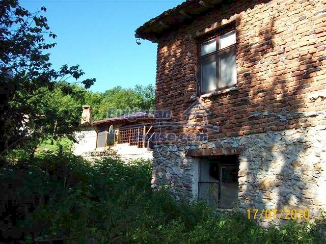 11454:4 - Cheap house with a mountain panorama near Malko Turnovo