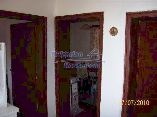 11454:8 - Cheap house with a mountain panorama near Malko Turnovo