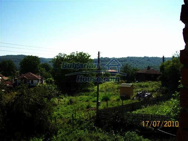 11454:13 - Cheap house with a mountain panorama near Malko Turnovo