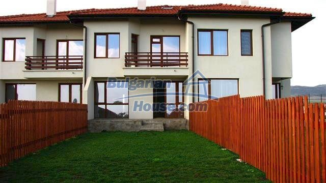 11455:1 - Large house for saleproximity to mountain and sea