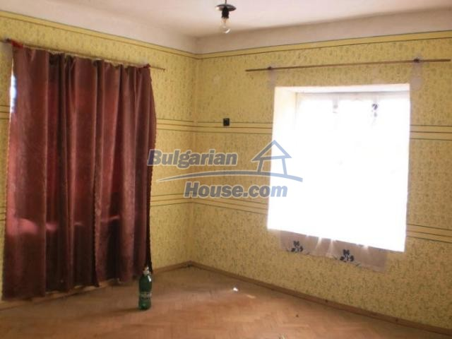 11456:17 - Authentic house in very good condition near Smolyan