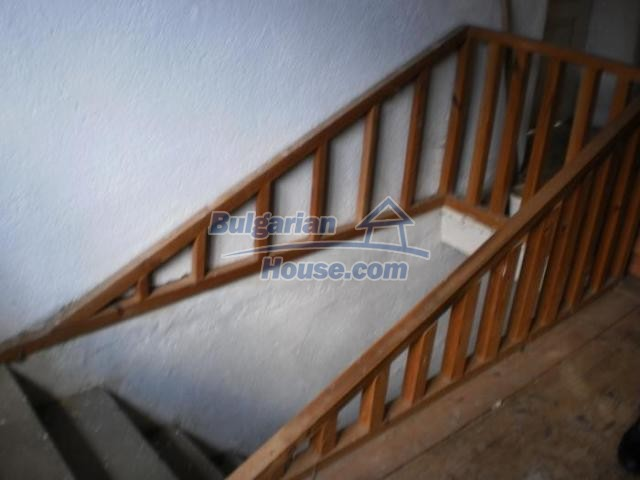 11456:18 - Authentic house in very good condition near Smolyan