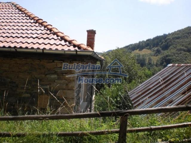 11456:23 - Authentic house in very good condition near Smolyan