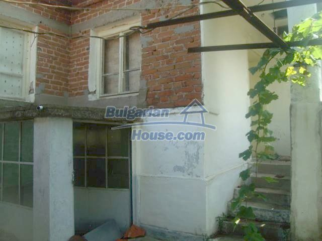11467:5 - Lovely house with a large garden close to Elhovo