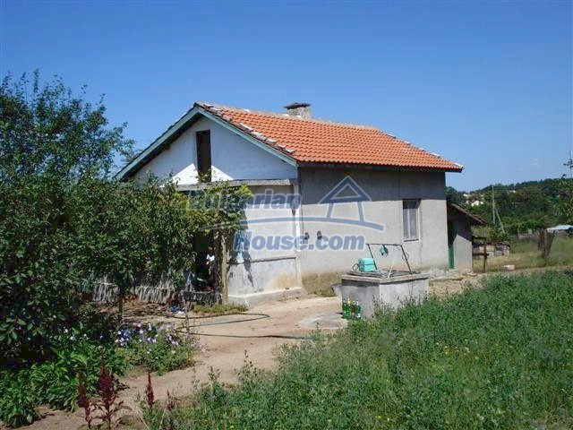 11473:1 - Incredible rural property with a huge garden 10 km from Elhovo