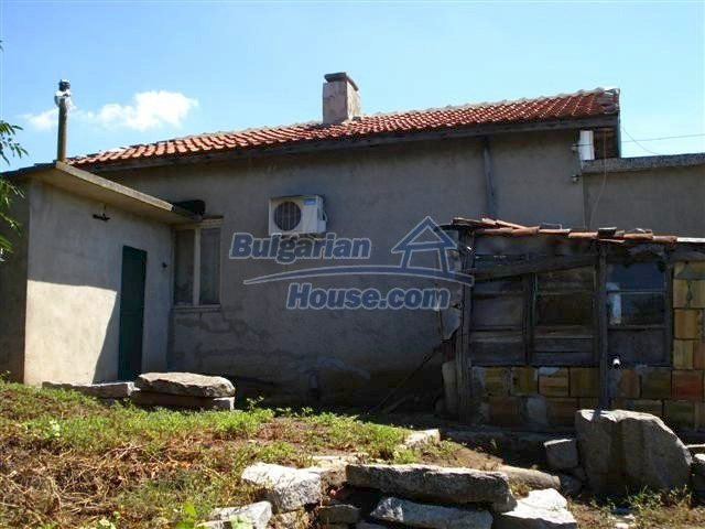 11473:5 - Incredible rural property with a huge garden 10 km from Elhovo