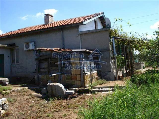 11473:6 - Incredible rural property with a huge garden 10 km from Elhovo