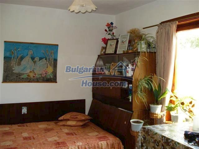 11473:9 - Incredible rural property with a huge garden 10 km from Elhovo