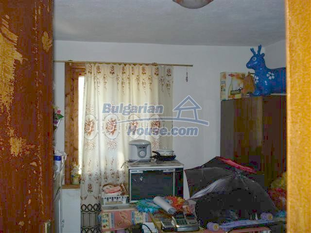 11473:10 - Incredible rural property with a huge garden 10 km from Elhovo