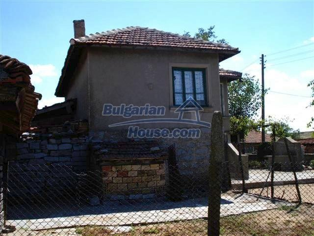 11473:13 - Incredible rural property with a huge garden 10 km from Elhovo