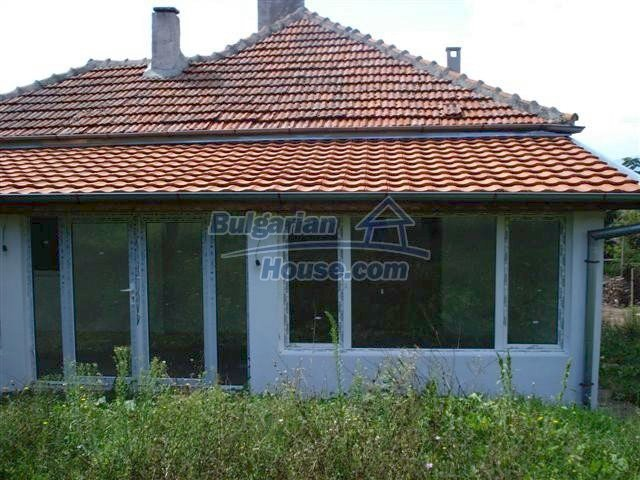 11476:4 - Perfectly maintained renovated rural house near Elhovo