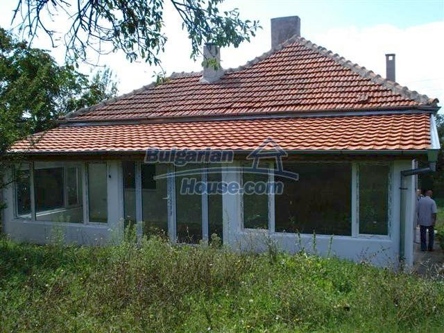 11476:5 - Perfectly maintained renovated rural house near Elhovo