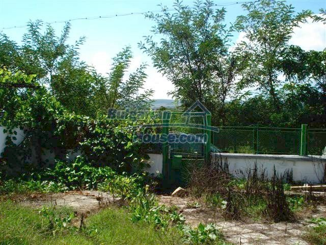 11476:17 - Perfectly maintained renovated rural house near Elhovo