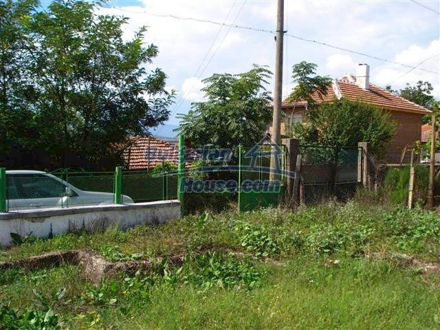 11476:18 - Perfectly maintained renovated rural house near Elhovo