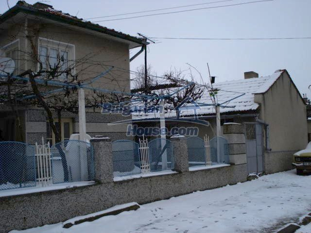 11483:6 - Cheap lovely family home in a serene villageYambol region