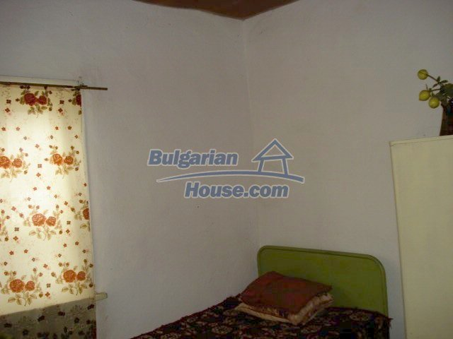 11483:16 - Cheap lovely family home in a serene villageYambol region
