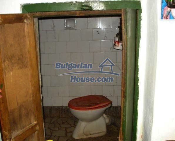 11486:6 - Very cheap rural house in good condition - Elhovo