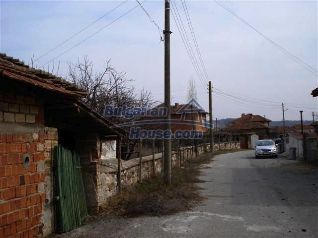 11486:14 - Very cheap rural house in good condition - Elhovo