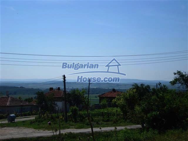 11487:14 - Low priced renovated rural house 3 km from Elhovo