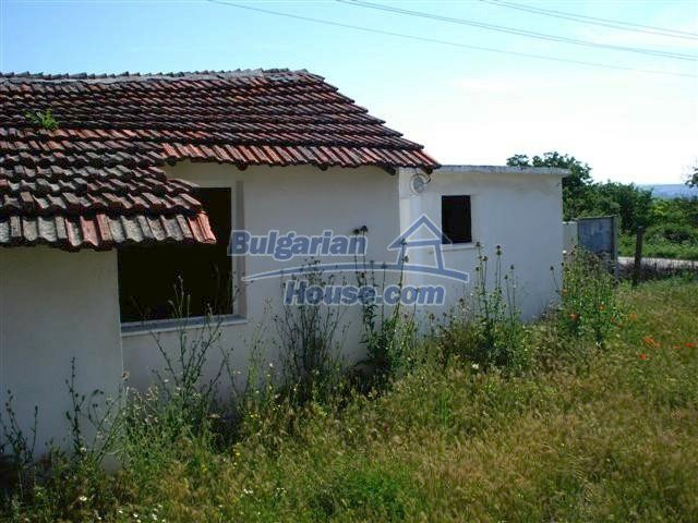 11487:8 - Low priced renovated rural house 3 km from Elhovo