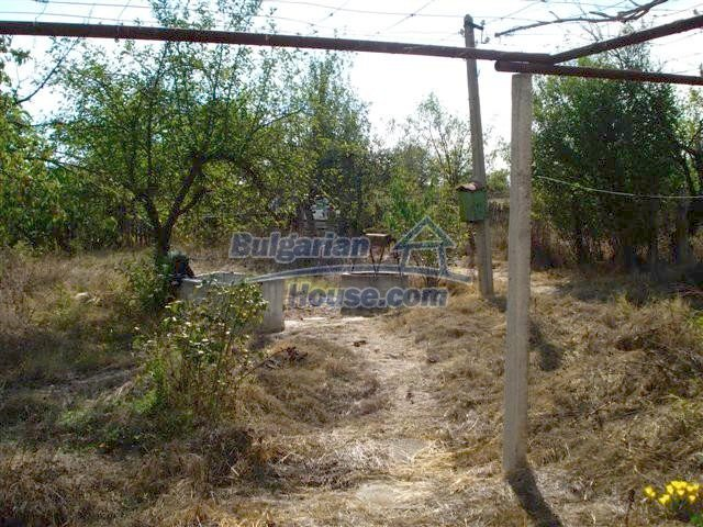11497:13 - Cheap rural house with a large landscaped garden - Elhovo