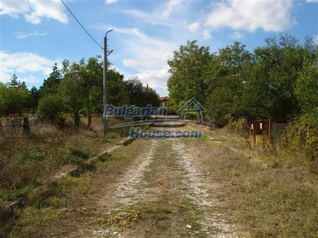 11497:18 - Cheap rural house with a large landscaped garden - Elhovo
